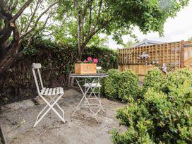 Vine Cottage - Kent & Sussex - 1052816 - thumbnail photo 19