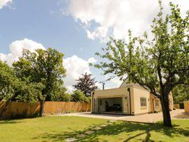 Apple Tree Cottage - Cotswolds - 1052817 - thumbnail photo 3