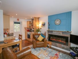 Number 17 Bell Cottage - Cornwall - 1052824 - thumbnail photo 4