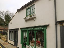 The Hideaway - Whitby & North Yorkshire - 1052947 - thumbnail photo 2