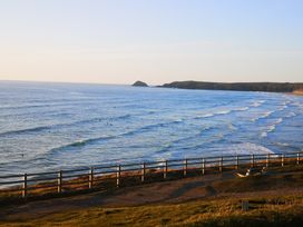 Rolling Waves - Cornwall - 1052953 - thumbnail photo 23