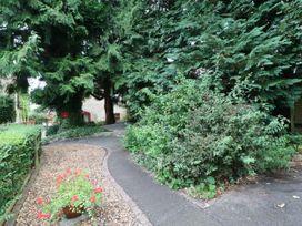 Honeysuckle Cottage - Yorkshire Dales - 1053055 - thumbnail photo 17