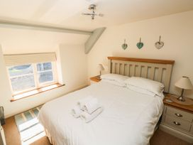 Oysterbank Cottage - South Wales - 1053063 - thumbnail photo 13