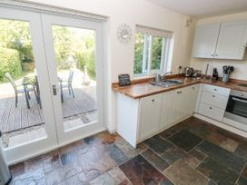 Oysterbank Cottage - South Wales - 1053063 - thumbnail photo 9