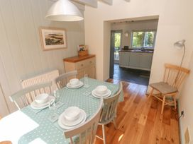 Oysterbank Cottage - South Wales - 1053063 - thumbnail photo 8