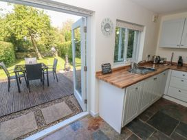 Oysterbank Cottage - South Wales - 1053063 - thumbnail photo 11