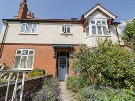 6 bedroom Cottage for rent in Stratford upon Avon