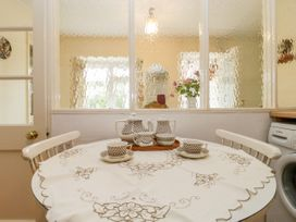 Yeoman Cottage - Somerset & Wiltshire - 1053084 - thumbnail photo 13