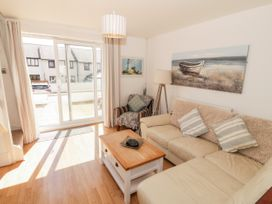 Ketch Cottage - Anglesey - 1053114 - thumbnail photo 4