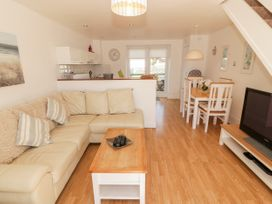 Ketch Cottage - Anglesey - 1053114 - thumbnail photo 6