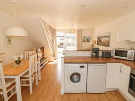 Ketch Cottage - Anglesey - 1053114 - thumbnail photo 9