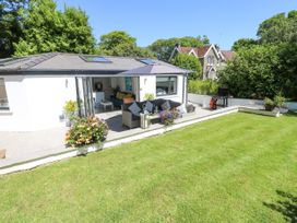 Summer House - South Wales - 1053124 - thumbnail photo 2