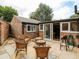 Claire Cottage - North Yorkshire (incl. Whitby) - 1053129 - thumbnail photo 24