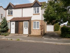 2 bedroom Cottage for rent in Bournemouth