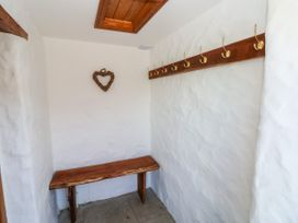 Garden Cottage - South Wales - 1053398 - thumbnail photo 3