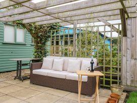 Beckside Lodge - Whitby & North Yorkshire - 1053447 - thumbnail photo 15
