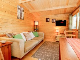 Beckside Lodge - Whitby & North Yorkshire - 1053447 - thumbnail photo 4