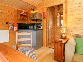 Beckside Lodge - Whitby & North Yorkshire - 1053447 - thumbnail photo 6