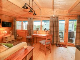 Beckside Lodge - Whitby & North Yorkshire - 1053447 - thumbnail photo 8