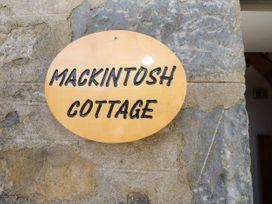 Mackintosh - Scottish Lowlands - 1053569 - thumbnail photo 2