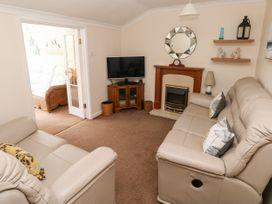 11 Llanion Cottages - South Wales - 1053594 - thumbnail photo 2