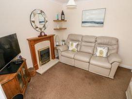 11 Llanion Cottages - South Wales - 1053594 - thumbnail photo 3