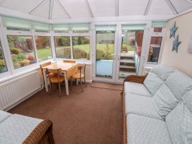 11 Llanion Cottages - South Wales - 1053594 - thumbnail photo 4