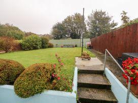 11 Llanion Cottages - South Wales - 1053594 - thumbnail photo 20