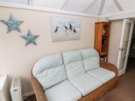 11 Llanion Cottages - South Wales - 1053594 - thumbnail photo 6