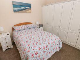 11 Llanion Cottages - South Wales - 1053594 - thumbnail photo 9