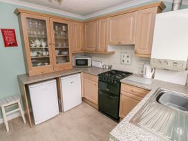 11 Llanion Cottages - South Wales - 1053594 - thumbnail photo 7