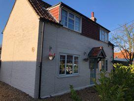 Sunnyside Cottage - Lincolnshire - 1053634 - thumbnail photo 1