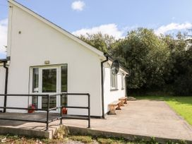 1 bedroom Cottage for rent in Ballygarrett