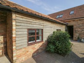 BB House - Central England - 1053798 - thumbnail photo 3