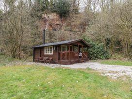 Walker Wood Log Cabin - Peak District - 1053826 - thumbnail photo 2