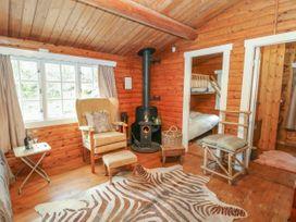 Walker Wood Log Cabin - Peak District - 1053826 - thumbnail photo 6
