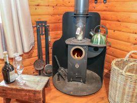 Walker Wood Log Cabin - Peak District - 1053826 - thumbnail photo 8