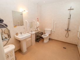 Dairy Cottage - Lincolnshire - 1053870 - thumbnail photo 21