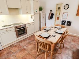 Dairy Cottage - Lincolnshire - 1053870 - thumbnail photo 8