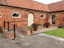 Dairy Cottage - Lincolnshire - 1053870 - thumbnail photo 2