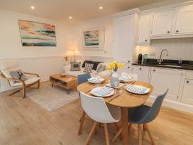 2 Garden Apartment - Devon - 1053912 - thumbnail photo 6