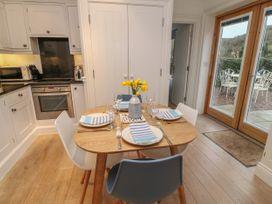 2 Garden Apartment - Devon - 1053912 - thumbnail photo 7