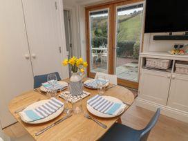 2 Garden Apartment - Devon - 1053912 - thumbnail photo 8