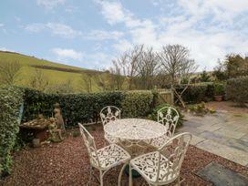 2 Garden Apartment - Devon - 1053912 - thumbnail photo 18