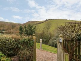2 Garden Apartment - Devon - 1053912 - thumbnail photo 19