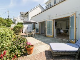 2 Garden Apartment - Devon - 1053912 - thumbnail photo 2