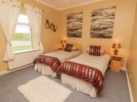 Sea View Lodge - County Clare - 1054100 - thumbnail photo 14