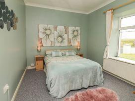 Sea View Lodge - County Clare - 1054100 - thumbnail photo 16