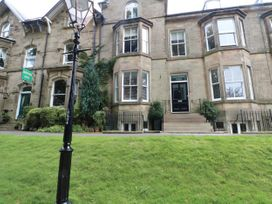 2B Cavendish Villas - Peak District - 1054111 - thumbnail photo 1