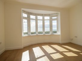Apartment 2 - Dorset - 1054178 - thumbnail photo 5